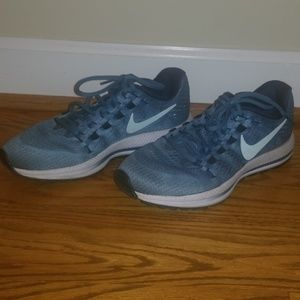 Nike ZOOM teal mesh running sneakers 7.5